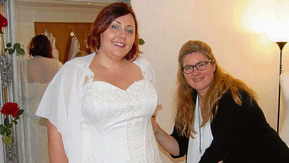 Brautmode in bergre und Brautkleider in XXL Laden von
