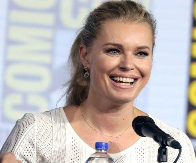 Star Trek: Strange New Worlds – Rebecca Romijn fa il punto sulla situazione della prossima nuova serie