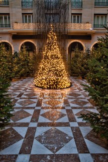 Golden Christmas Four Seasons Hotel George In