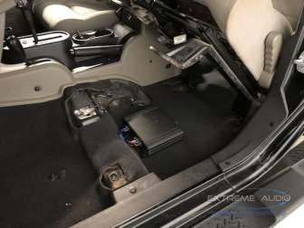 Jeep Wrangler Subwoofer