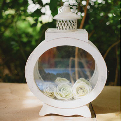 extremely-lovely-weddings-large-porthole-lantern