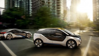 Bmws Dazzling I Cars More Carbon Fiber Chevy Volt Than Nissan Leaf