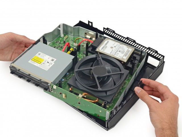 Xbox One internals [Image credit: iFixit]