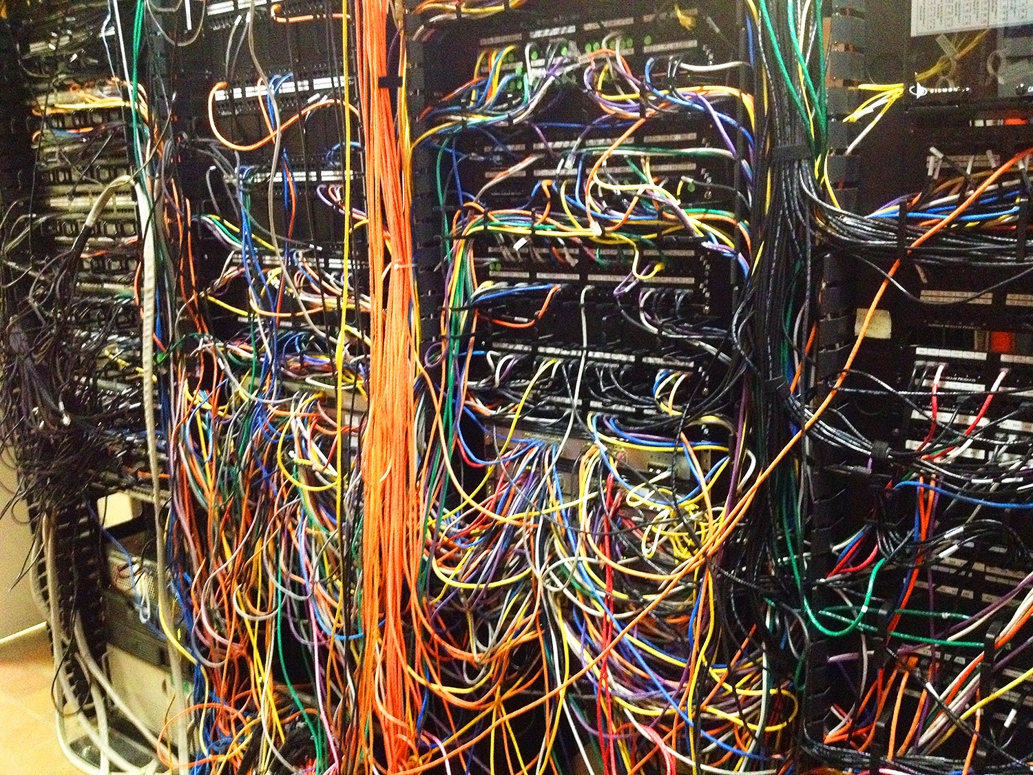 hight resolution of spaghetti wiring mess free wiring diagram for you u2022 network wiring mess network wiring mess
