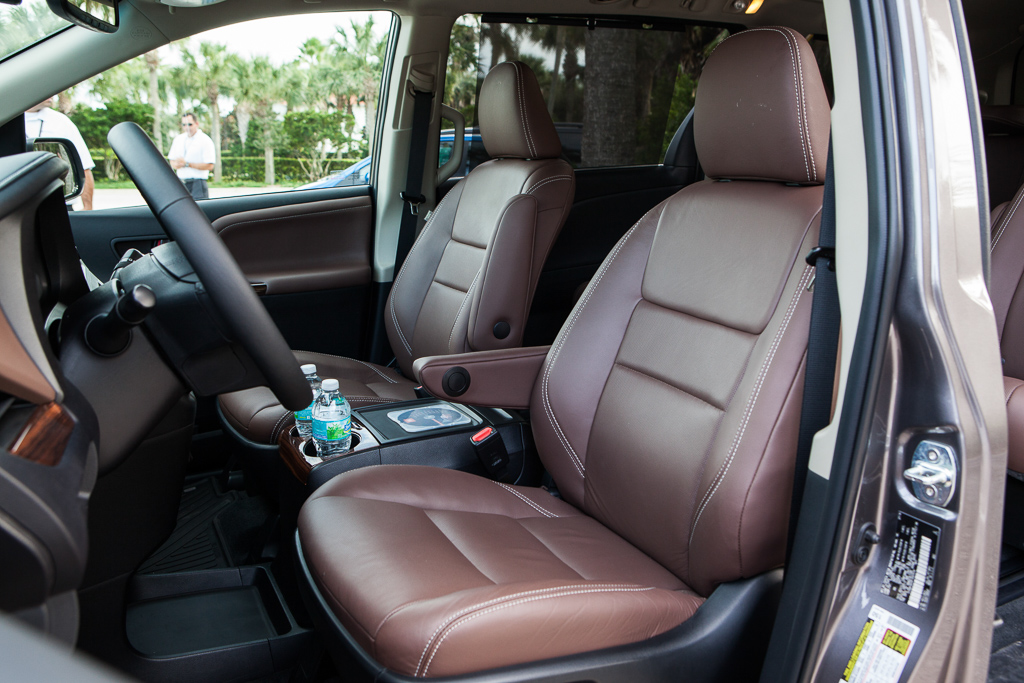 is the new camry all wheel drive harga vellfire 2018 2015 toyota sienna review your best choice in an 20141013 preview 1087