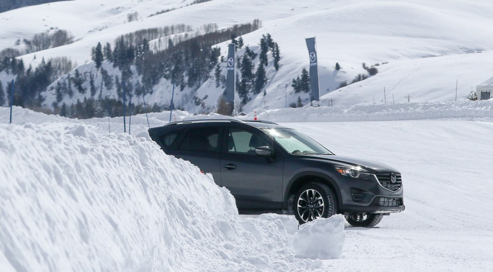 medium resolution of which compact suv has the best all wheel drive system for snow and ice extremetech