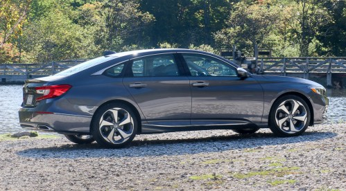 small resolution of 2018 honda accord review way better and honda even fixed display audio extremetech