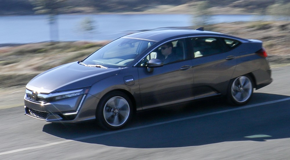medium resolution of 2018 honda clarity review this midsize plug in hybrid could be your only car