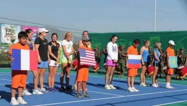 Las Tenistas Internacionales Representadas con su Bandera
