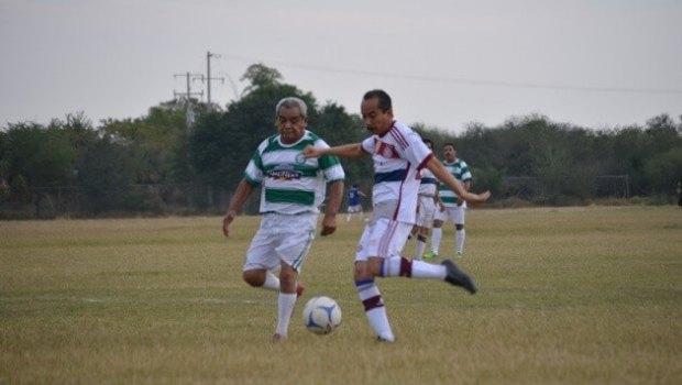 Súper Servicio Azteca manda en Oro