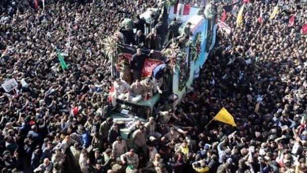 Más de 50 muertos en estampida durante funeral de Soleimani en Irán