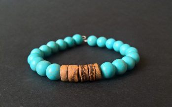 Handmade howlite bracelet with coconut beads