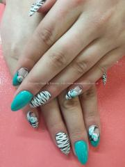 eye candy nails & training - turquoise