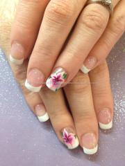eye candy nails & training - white