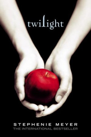 Twilight by Stephenie Meyer | Book Review