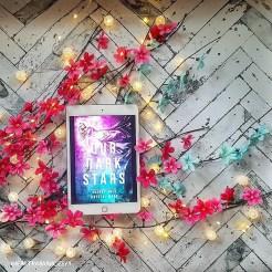 bookstagram-dark-stars