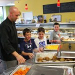 Community Descends On Roundz For Food & School