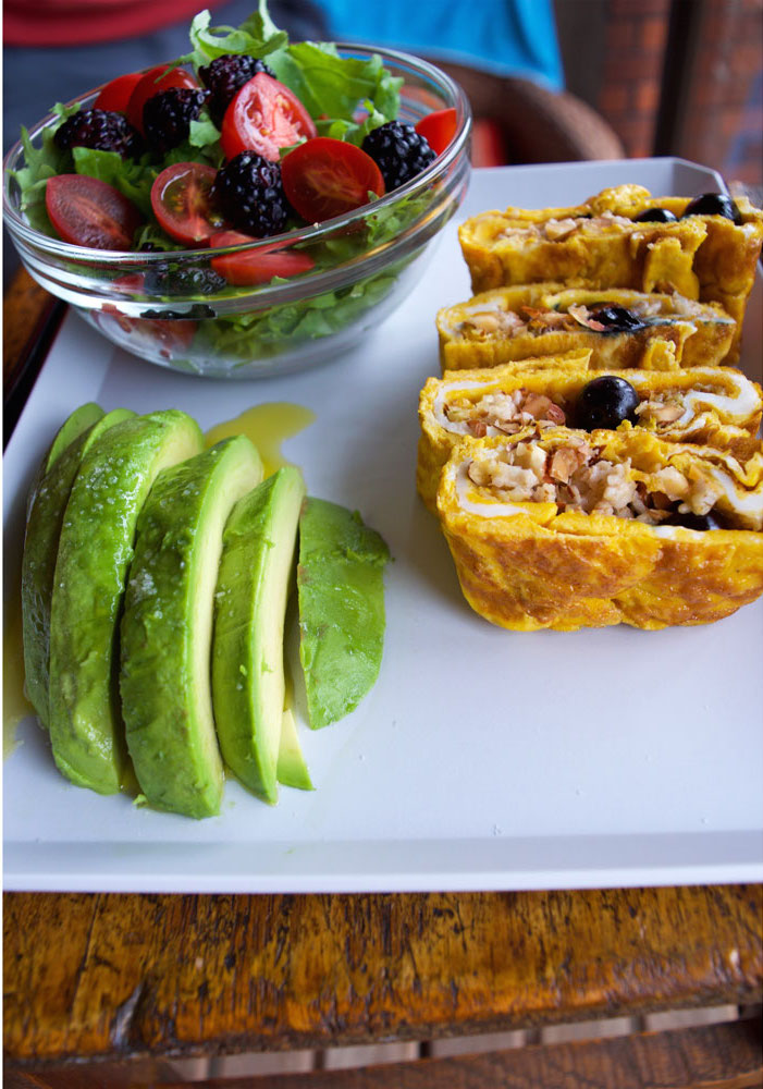 Tamagoyaki- The healthiest breakfast in the world (in a roll)