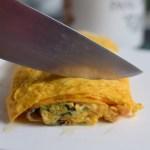 cut tamagoyaki into pieces