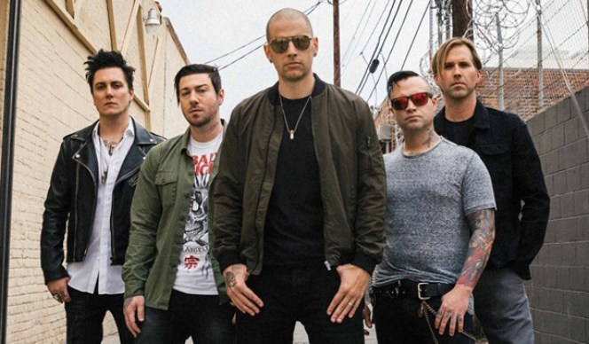 avenged-sevenfold-coverea-wish-you-were-here-noticias