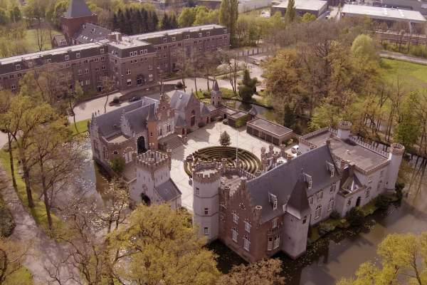 EyeWeb Productions - Kasteel