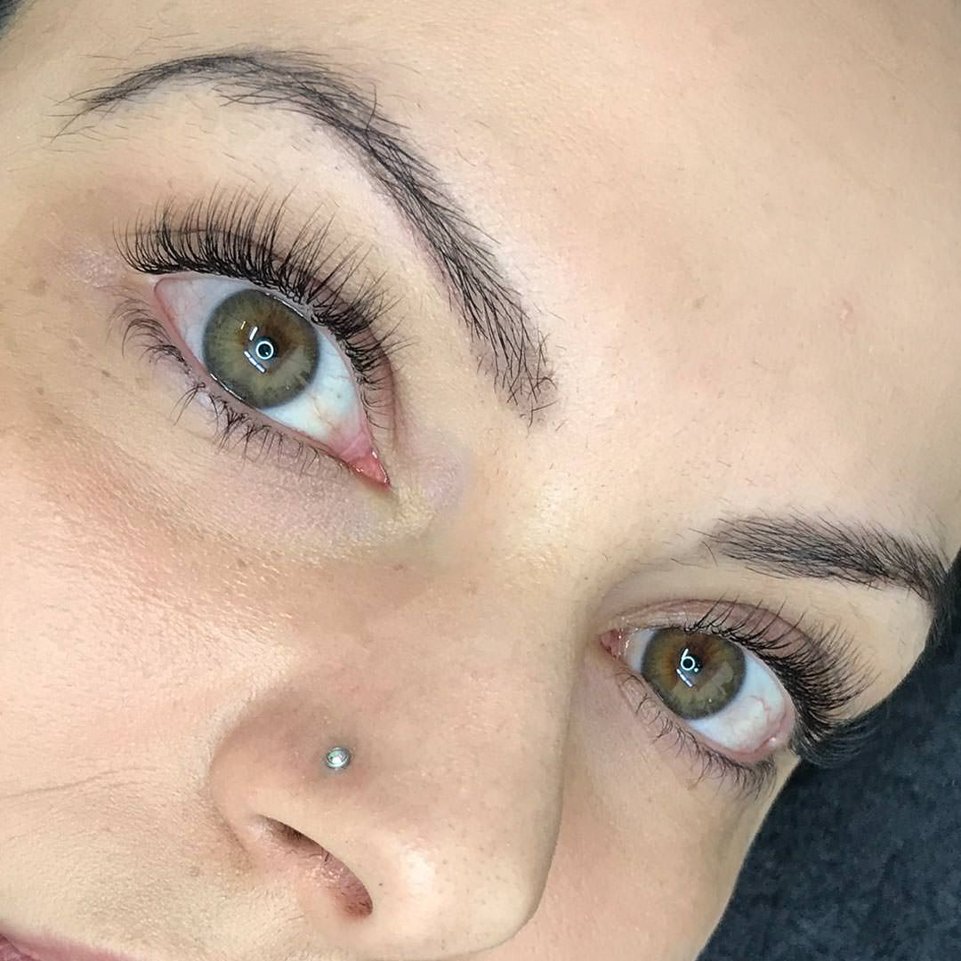 Why We Choose To Use Faux Mink Lashes Bespoke Eyelash Extensions