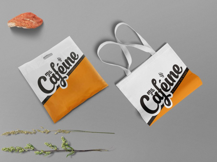 New Shopping Bag Label Mockup