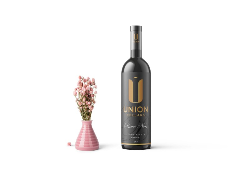 Premium Union Wine Bottle Label Mockup