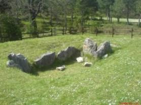 dolmen-300x225