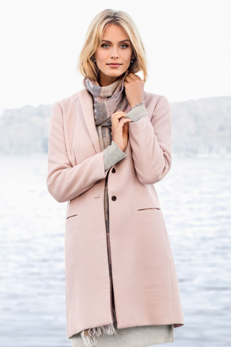 The Emerge Classic Coat: Collared with a double button fastening, front pockets and long sleeves. Your new coat? Style 131897