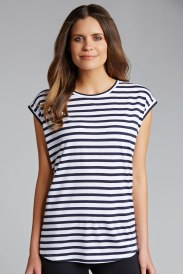 The Boyfriend Tee: perfect for dressing up or down. Try it out!