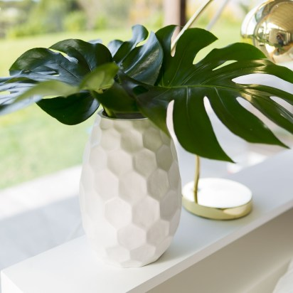 Khalessi Decorate Vase (Style 161127) out on Tuesday 6th September!