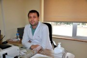 Ezine Devlet Hastanesine yeni atanan Ortopedi Uzmanı göreve başladı