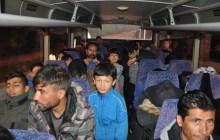 Ezine'de 38 düzensiz göçmen yakalandı