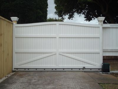 Residential - Wooden Gates - 2