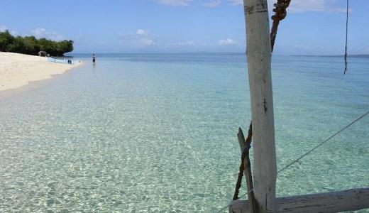 Tulang島(フィリピン・カモテス諸島)の学校訪問