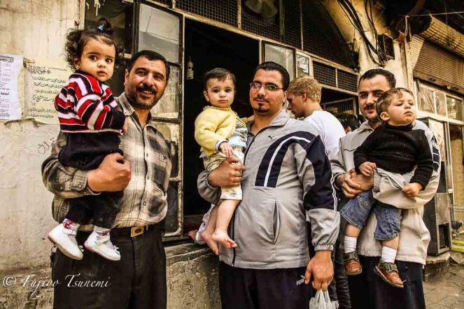 シリアの親子