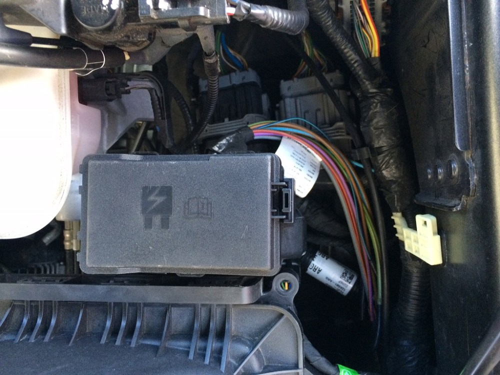 medium resolution of retrofit 2017 f 250 aux switch panel in f 150 page 55 ford f150 wiring diagram besides 2015 ford f 250 aux switch wire location as