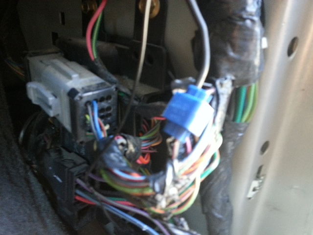 2004 F150 Radio Wiring Diagram Where To Connect The Quot Reverse Quot Wire Ford F150 Forum