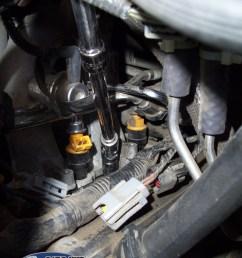 cylinder 8 spark plug closeup [ 800 x 1067 Pixel ]
