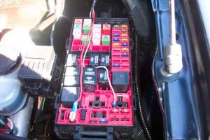 Looking for wiring diagram under hood fuse box for efan