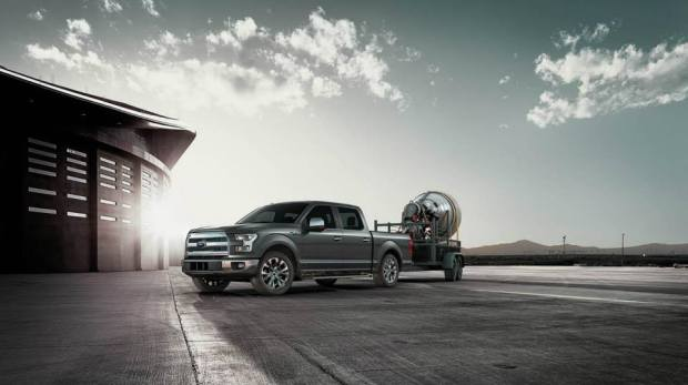 2015-Ford-F150-action (1)