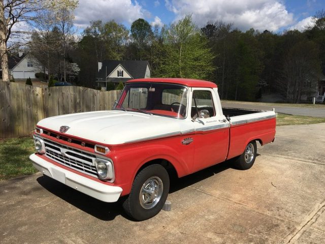 Reddit user Faboobagoblin's 1966 Ford F-100 Custom Cab project.