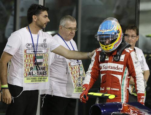 Alonso terminó la carrera con dolor de espalda