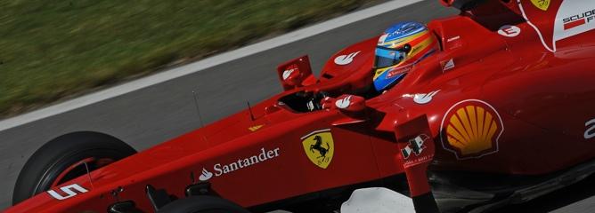 Alonso rodando en el circuito de Canadá