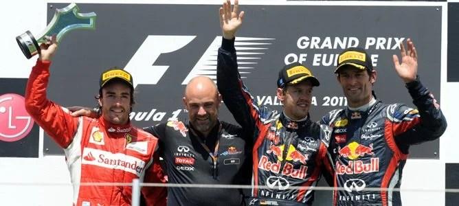 Vettel, Alonso y Webber en el podio de Valencia