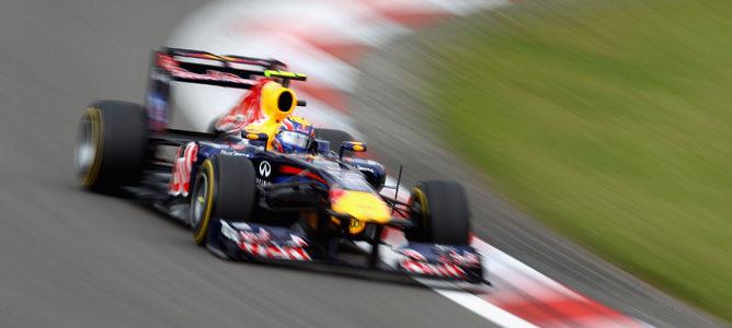 Webber rodando en los Libres 2 de Nürburgring
