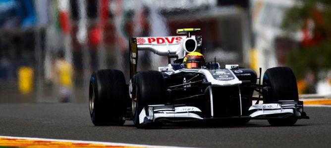 Maldonado rodando en la clasificación de Spa-Francorchamps