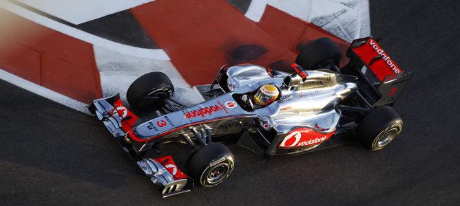 Hamilton rodando en los Libres 3 de Abu Dhabi
