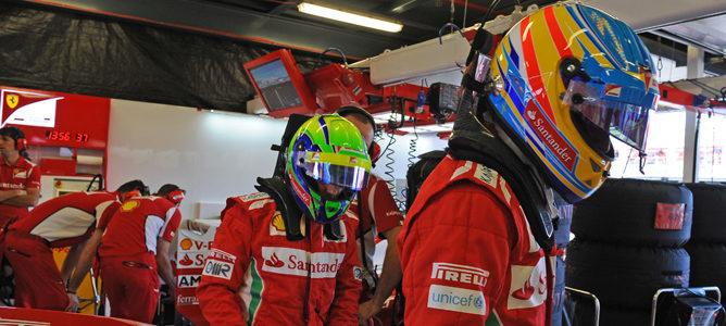 Alonso y Massa durante el Gran Premio de Australia